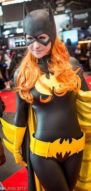 Batwoman Cosplayers 7