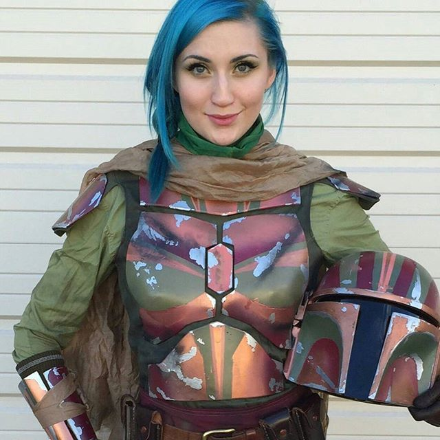 Female Mandalorian