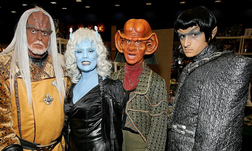 star-trek-Alien Cosplay